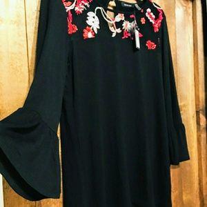 *2/$20* NWT Verve Ami Bell Sleeve Blouse